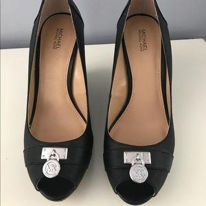 Peep toe Michael Kors shoes